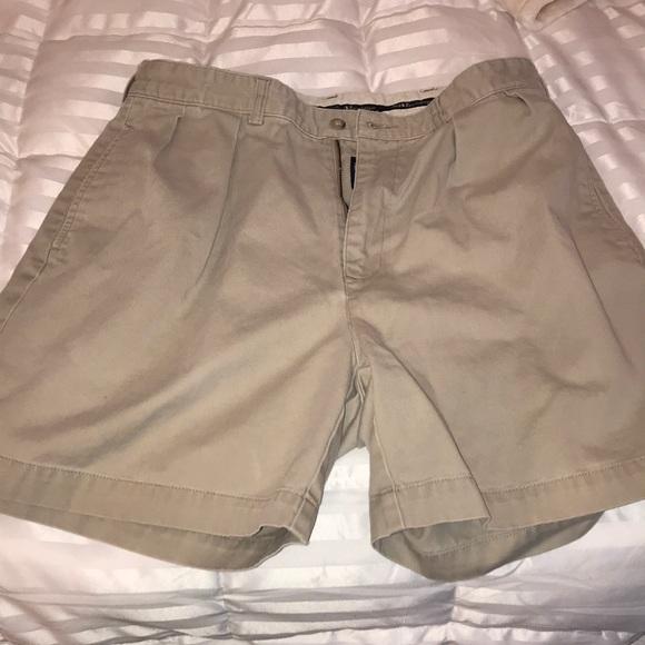 ralph lauren brown coat grey cargo shorts